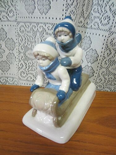1992 P S Porcelana De Cuernavaca Porcelain Boy & Girl On Sled-Mexico-