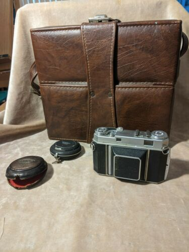 KODAK RETINA IIa  & vintage case with Bertram chronos light meter