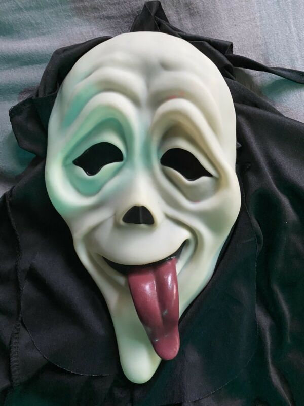 Scary Movie Scream Ghostface Spoof Mask With Tongue Out RARE