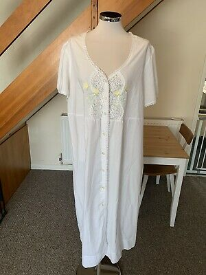 Long White Cotton Night Dress/Kaftan Size 20/22 for sale  Witham