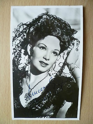 Film Star Photograph- JEAN KENT with Signed
