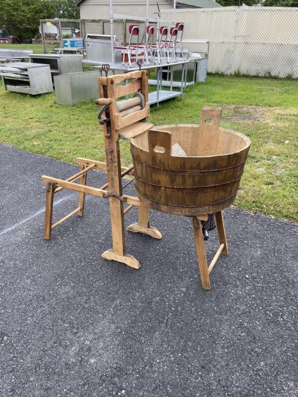 Antique New World Washing Machine Company  Washing Machine