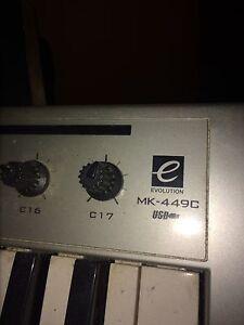 Evolution USB 49 keyboard Stratford Kitchener Area image 2