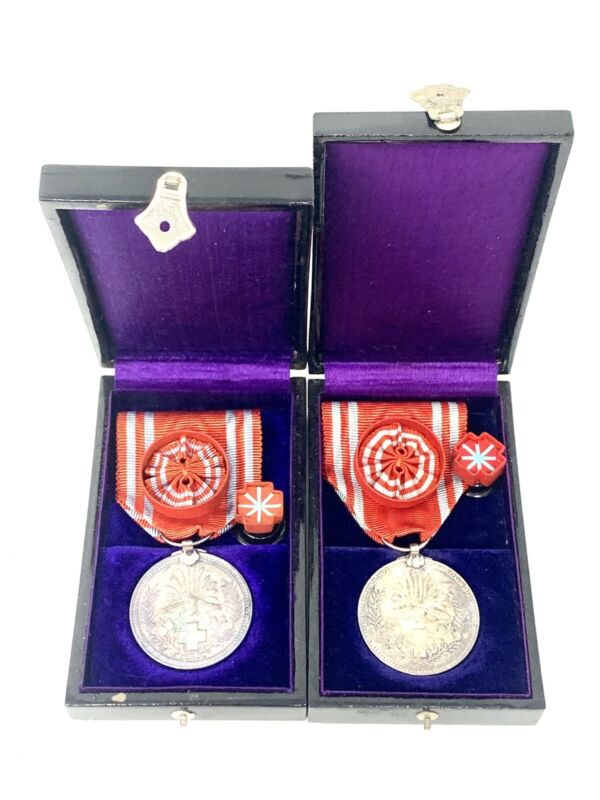 2 WWII WW2 Japanese Silver Red Cross Special Membership Medal Japan Box Rosette