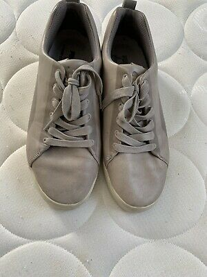 Puma (by hussein chalayan)  mens trainers (UK size 8)beige