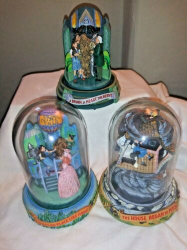 Turner Entertainment Wizard of Oz Glass Dome Music Box LOT OF 3 1996  (READ 1ST)