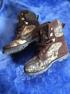 Camouflage Hunting boot. Like new. $25.00