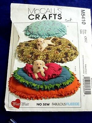 MCCALLS M5410 CRAFT NO SEW DOG BED FLEECE  SEWING PATTERN CUT SOFT&COMFORTABLE