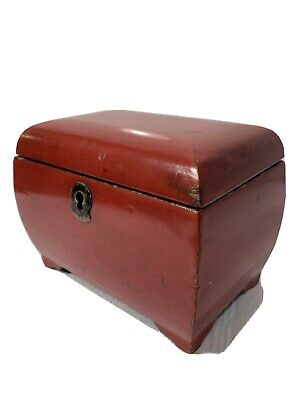 Small Antique Chinese Red Lacquered Tea Caddy