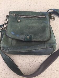 Blue leather Fossil cross-body bag Blakiston Mount Barker Area Preview