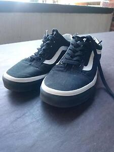 Old Skool Black Vans - Size US 5/UK 4 USED Chatswood Willoughby Area Preview