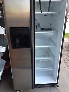 Frigidaire fridge-REDUCED