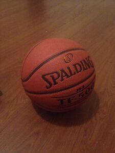 Spalding TF-500 women's basketball