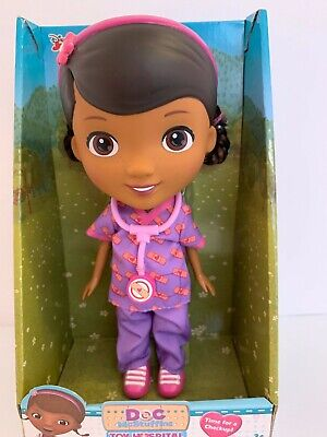 Doc McStuffins Scrubs Outfit Time for a Checkup Exclusive Doll by Just Play