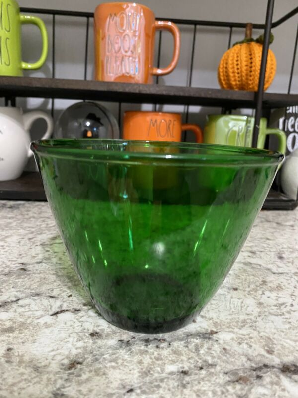 """Anchor Hocking Forest Green 5 1/2"""" Across   4"""" High Splash Proof Mixing Bowl"""
