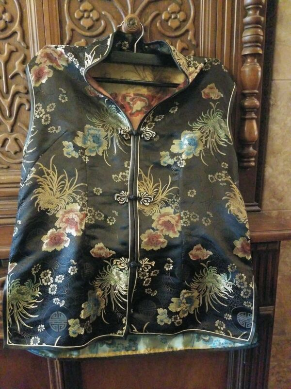 Asian Traditional Vest, Exlarge