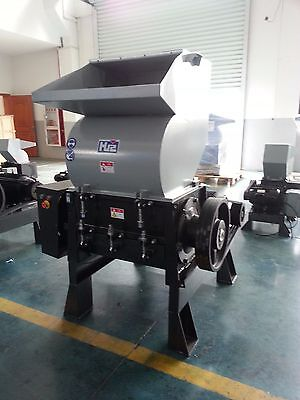 20 Hp, Plastic Grinder With Blower & Cyclone