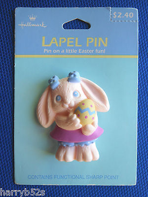 HALLMARK Easter PIN CRAYOLA Candy Cottontail BUNNY w EGG Holiday LAPEL PIN-MOC (Crayola Candy)