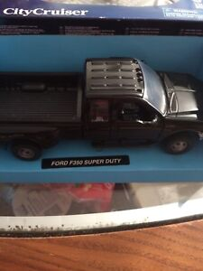 Die Cast Ford F-350 Super Duty  Duels