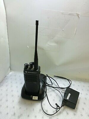 - Motorola Xpr3300 Vhf Portable Radio Aah02rdc9ja2an With Battery Charger