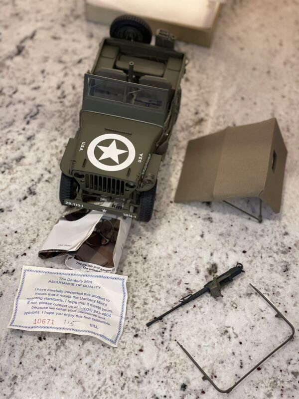 Danbury Mint World War II Jeep, Replica NEW W/O BOX
