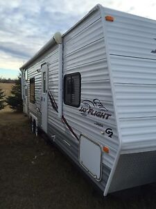 For sale 29' Jayco JayFlight trailer