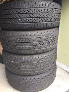 4 summer Tires Toyo 215 65 R16 Excellent Condition