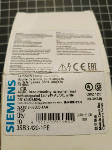 Siemens 3SB3-420-1PE  24V AC/DC LED  Lot of 4