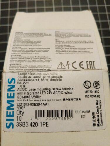Siemens 3SB3-420-1PE  24V AC/DC LED  Lot of 4