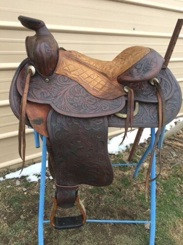 Used/Vintage/antique 15.5 TexTan Western saddle swivel fenders, Jiffy adjustment