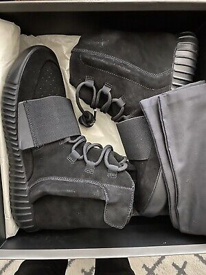 adidas Yeezy Boost 750 Men's Shoe, Size 9 - Triple Black
