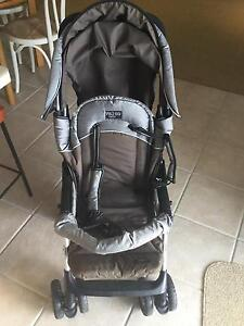 Valco Stroller  in good codition Soldiers Point Port Stephens Area Preview