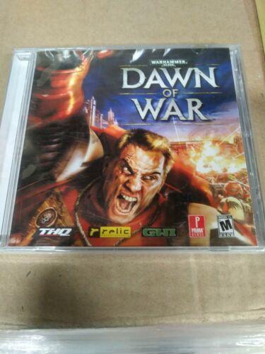 Warhammer 40,000 Dawn of War Platinum Edition PC  Game 2004 . SEALED ! NEW !