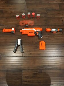 Nerf Stryfe Blaster-Like new