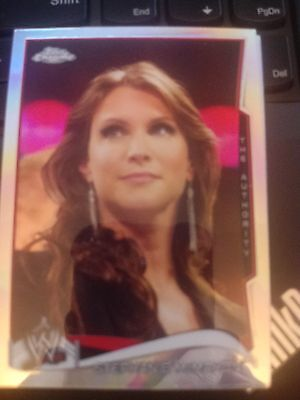 2014 Topps Wwe Chrome  47 Stephanie Mcmahon Refractor Mint