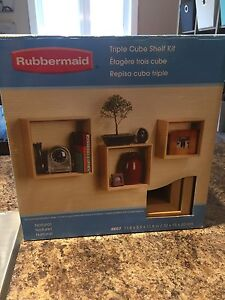 Rubbermaid Triple Cube Shelf Kit