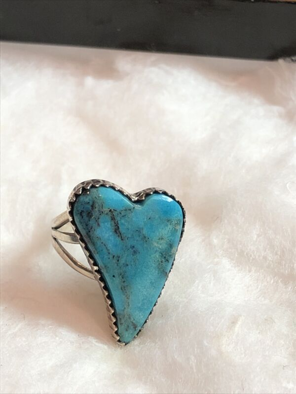 Vintage Old Pawn Navajo Heart Shaped Turquoise Ring Size 6