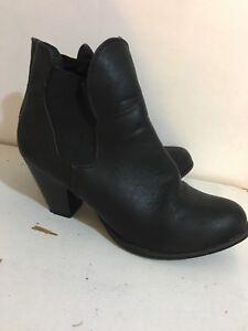 Women's shoes 10