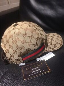6098fe3eb494 Gucci | Buy or Sell Clothing for Men in Markham / York Region ...