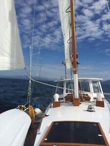34 foot sloop for sale in Maple Bay, BC