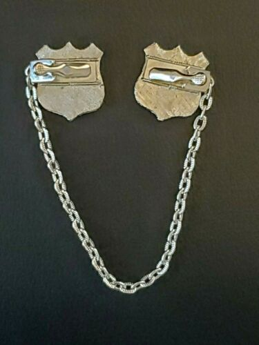 VINTAGE SWEATER GUARD  SILVER TONE METAL CLIPS