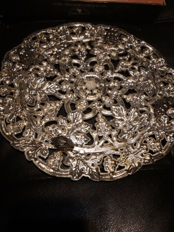 Fabulous New In BoxGodinger Silver Plated Grapevines Trivet