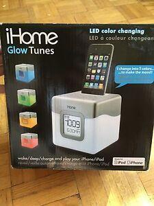 15$. IHome pour iPod touch 4 et iPhone 4 et en dessous