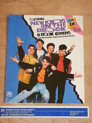 1990  NEW KIDS ON THE BLOCK SET OF 8 BOOK COVERS NOS