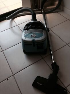 Miele vacuum cleaner Bayview Darwin City Preview