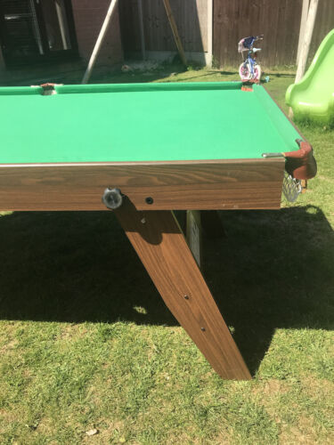 6ft Pool Table With Riley Cue And Balls