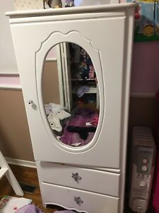 Girls white princess bedroom set drawers and armoire wardrobe