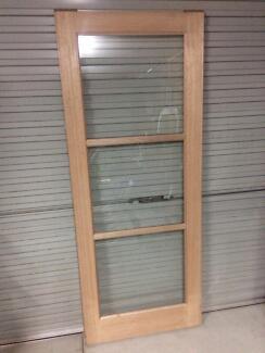 Corinthian Windsor 2HBG Door