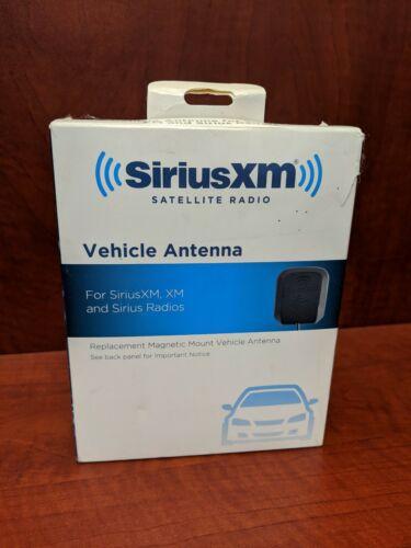 SiriusXM NGVA3 Magnetic Vehicle Antenna Mount