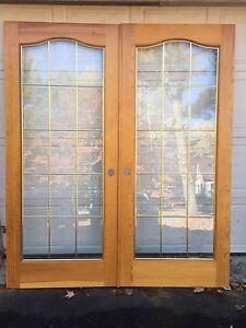 French doors / Portes françaises.
